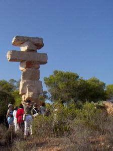 Malkurs-Ausflug zu einer Skulptur von Rolf Schaffner, Mallorca
